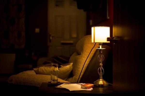 改善睡不好,關鍵在晚上!日媒:晚上6點後的作息建議清單,神清氣爽每一天