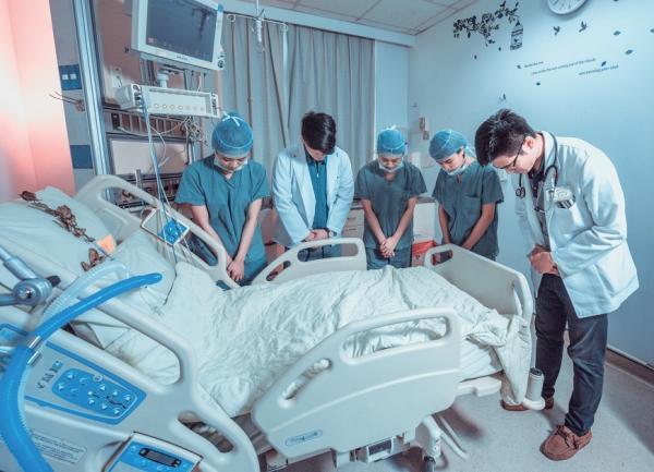 生命危急的必學功課 加護病房護理師:看開、尊嚴、面對、放手