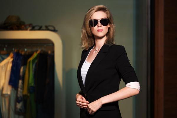 女生也適用,西裝怎麼穿才優雅?格蘭西服陳和平:分清你是「文身」或「武身」