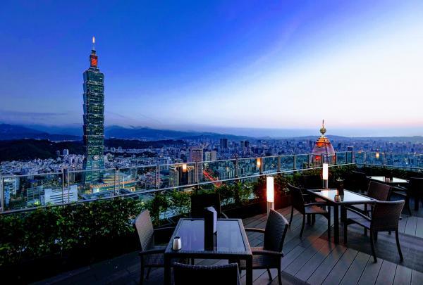 50聚會新風潮:日落前開喝,優雅「下午酒」北中南哪裡有?