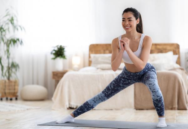 不能出門仍要運動!15種在家運動影片教學,有氧、燃脂、鍛鍊核心、舒緩壓力