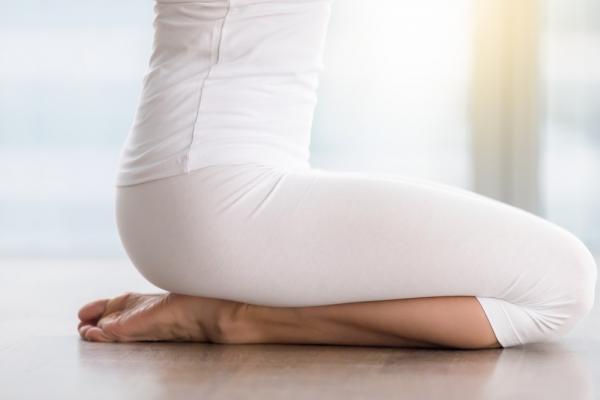 練陰道肌肉,好處多!2組動作,改善漏尿、便秘,還讓體態變年輕