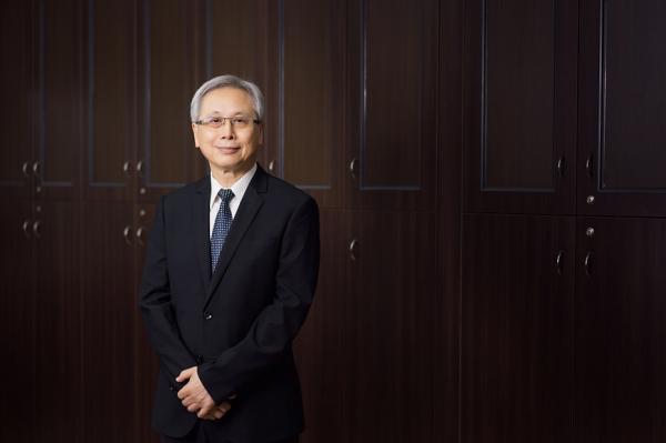 如何讓台灣每個地方,都變成熟齡宜居之地?專訪國健署長王英偉:改變不用花大錢,你我都可以多做一點