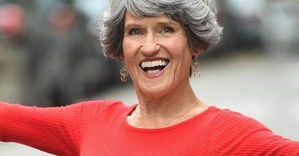 熟年喪偶還能有性生活嗎?77歲性教育家Joan Price以切身經歷,教你5種享受技巧