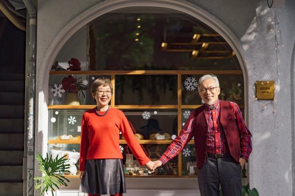 50後男女都要做自己!薇姐與張郎:半輩子滿足社會父母期待,現在開始把日子過美吧