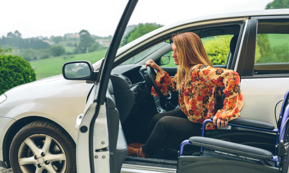 【省力照顧專題】爸媽行動不便,該買福祉車或是搭計程車?
