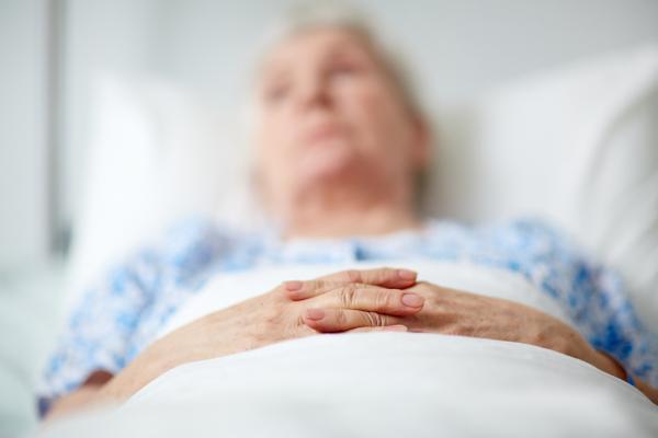 該插鼻胃管嗎?關鍵在尊重患者對生死的主導權