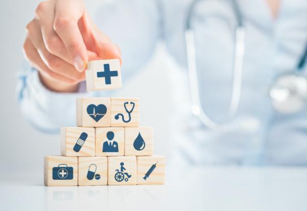 疫苗險、防疫險該買嗎?專家提醒:購買前先確定3大重點,不花冤枉錢