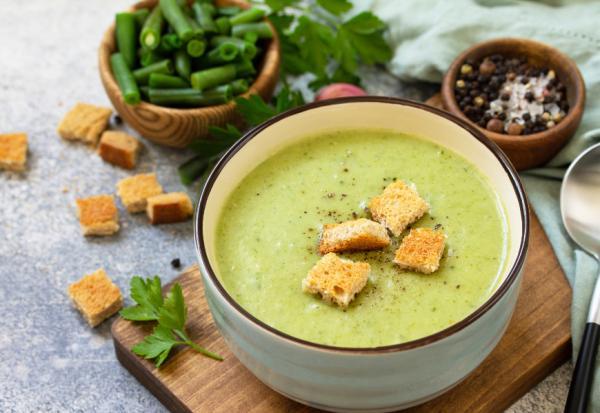 防失智、癌症、高血壓!醫師:用對方法喝蔬菜湯,可以變年輕