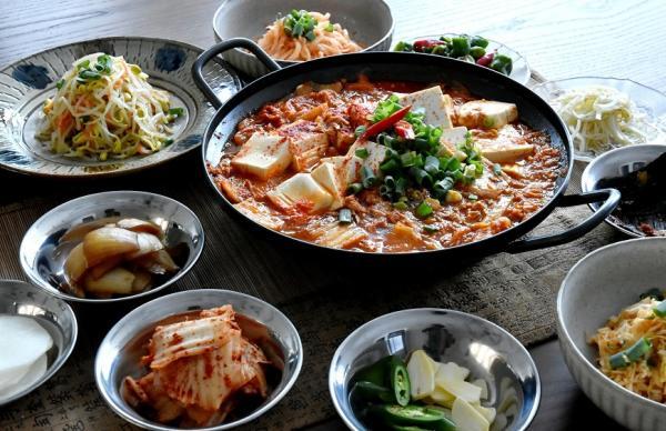 50後聚會新點子:學韓國菜!廚藝教室的韓流風潮