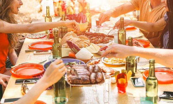 糖尿病外出聚餐怎麼吃?5個秘訣,享受美食少負擔