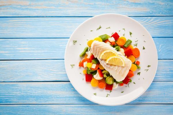 預防失智、糖尿病飲食法!醫師:一天一餐不吃醣,主副菜這樣搭