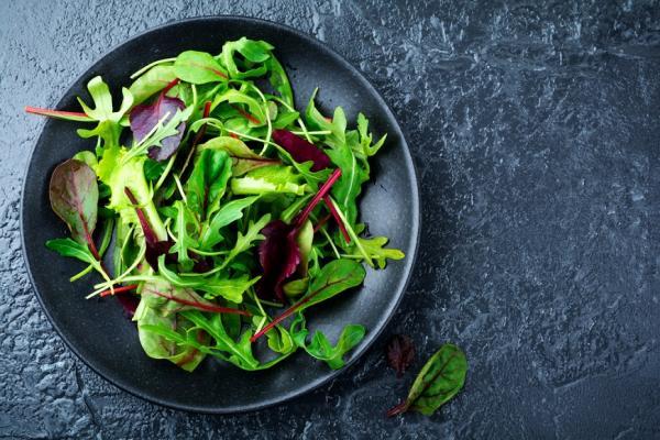 成為綠色蔬菜高手!日本料理家:5個秘訣,讓生菜沙拉優雅又更好吃