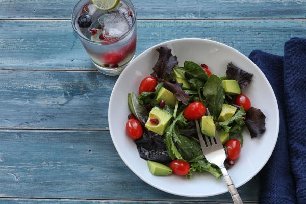 讓身心更健康的3個「微習慣」鍛鍊:生食、運動、冷水澡